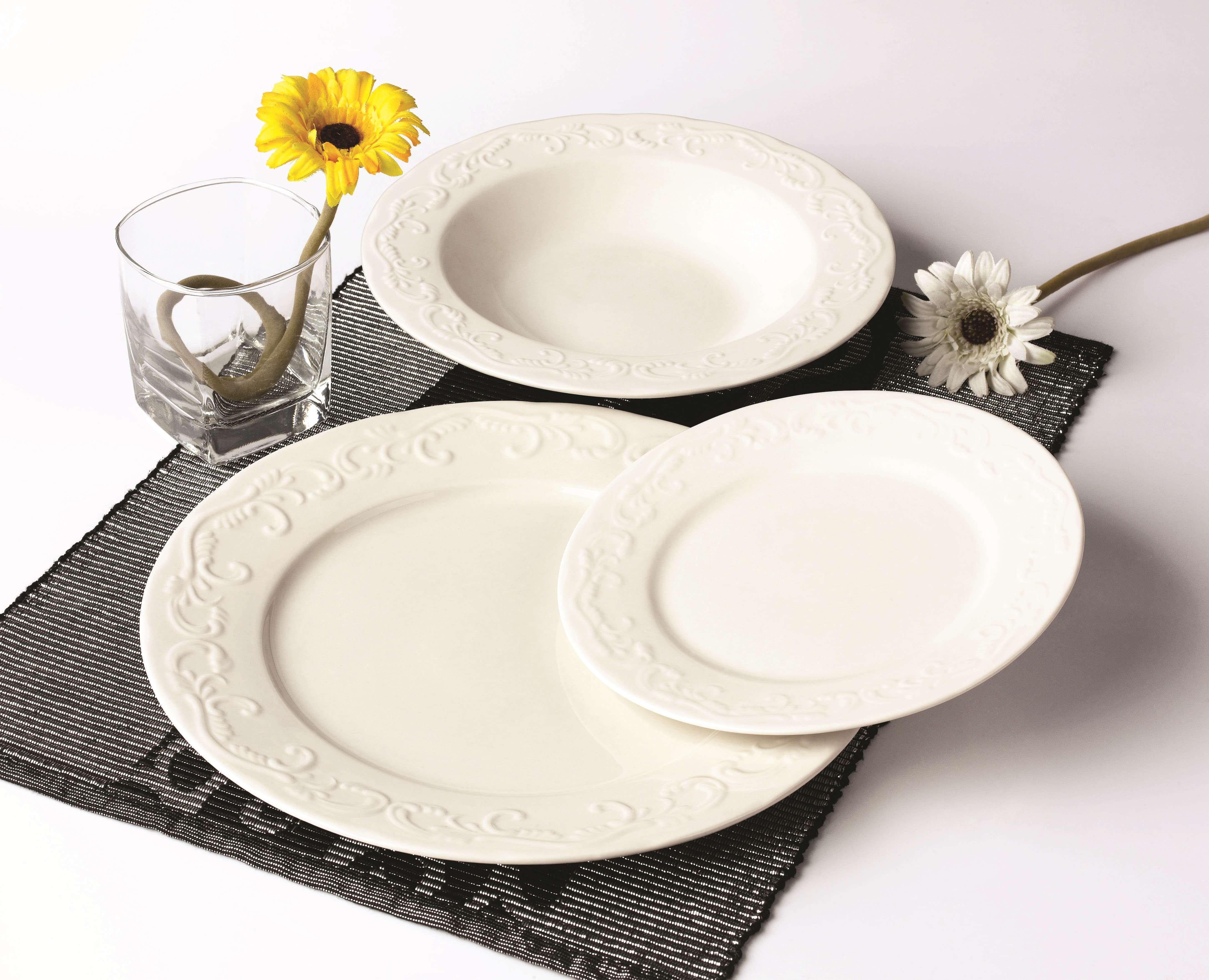 浮雕花纹餐具