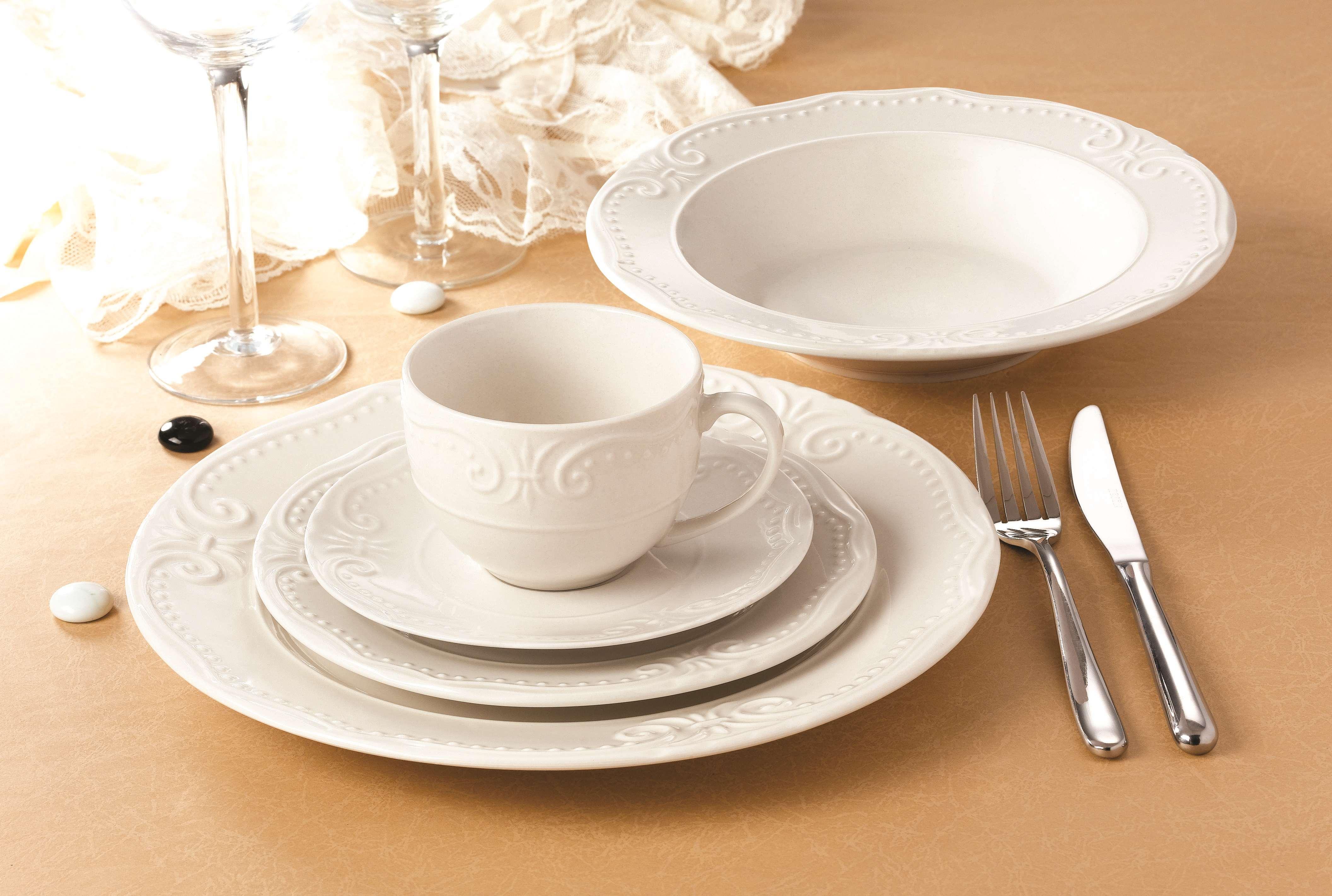 花纹凹凸浮雕餐具