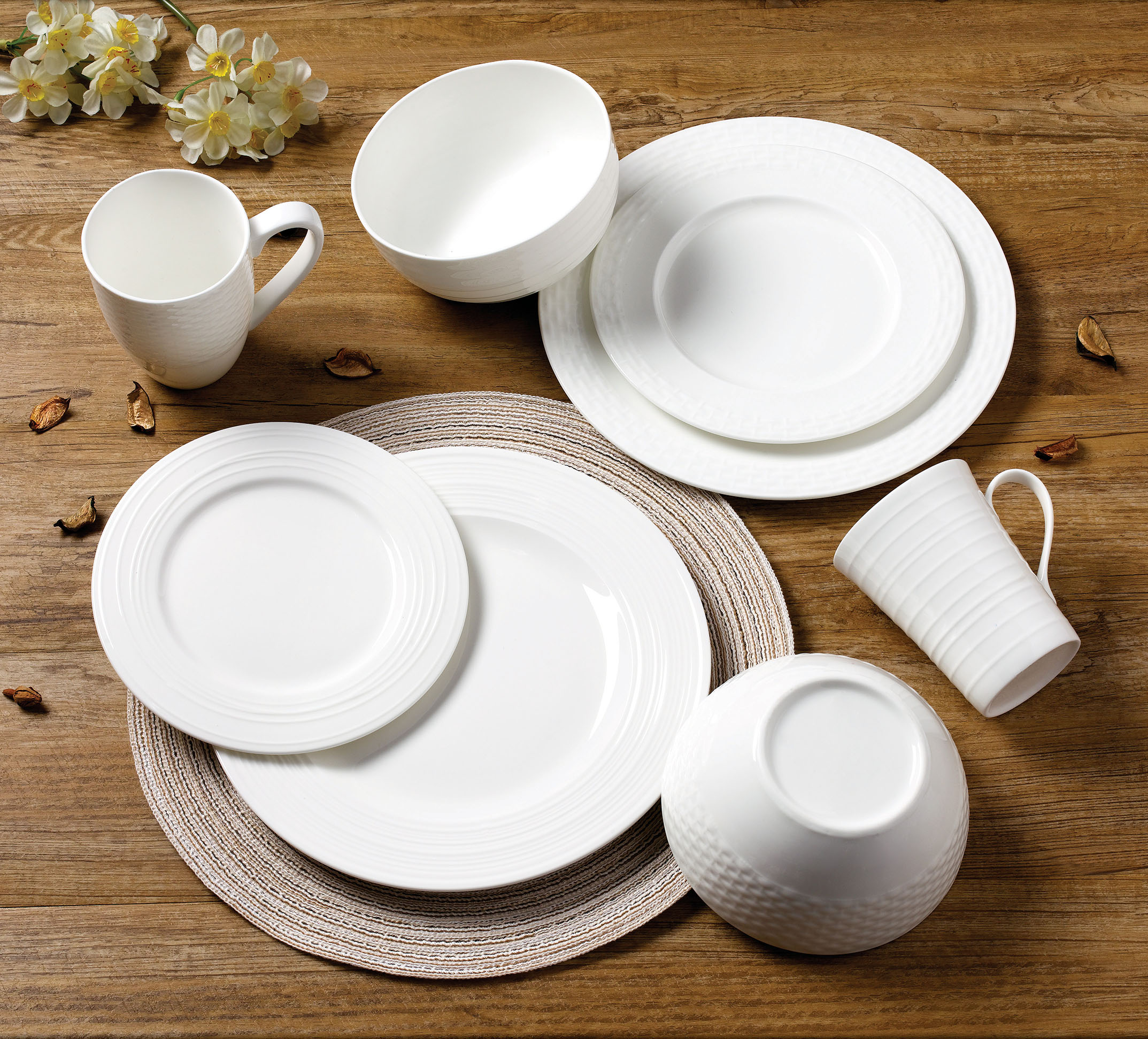 浮雕圆型套件餐具